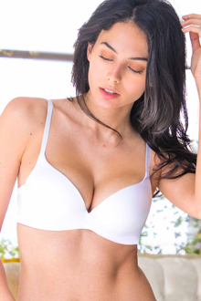 Lift and cleavage T-shirt bra from Upbra®